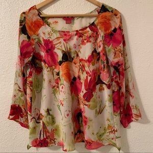 Sunny Leigh Floral blouse size L